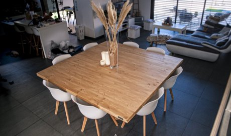 TABLE CARRÉE FULL BOIS